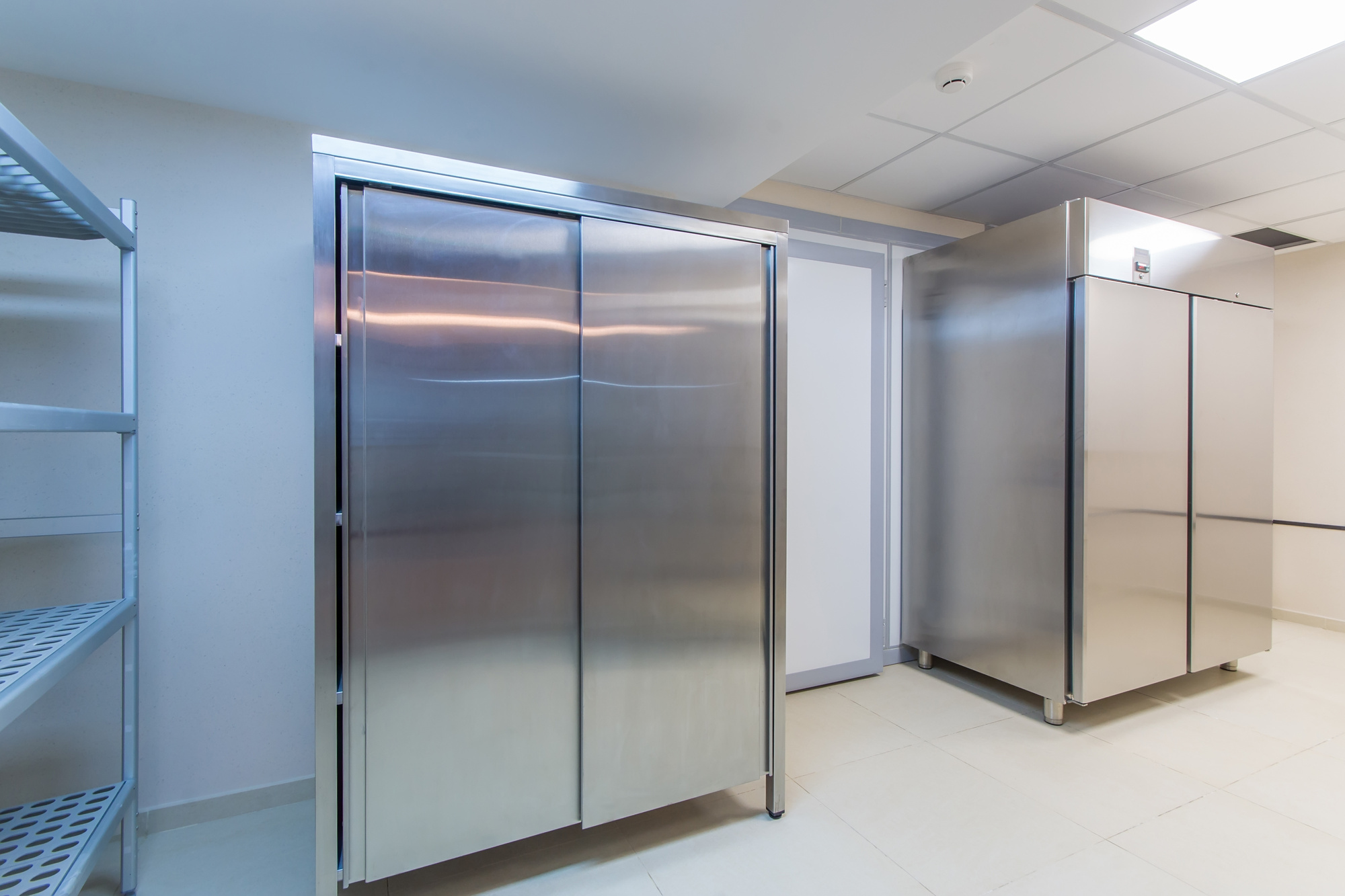 Top 5 Signs It's Time to Replace Your Commercial Refrigerator |